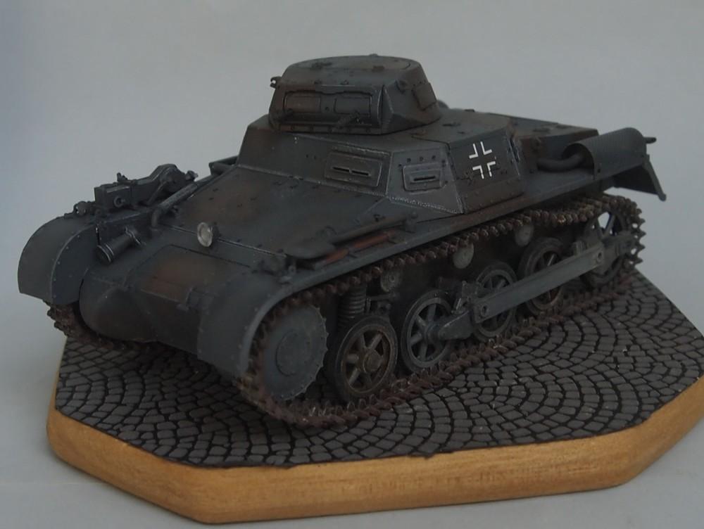 Pz.Kpfw. I Ausf. A 4.Serie/La.S (Dragon 1/35 ref 6451) Mon01